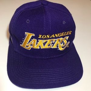 Vintage L.A. Lakers NBA Fitted Hat Size 7